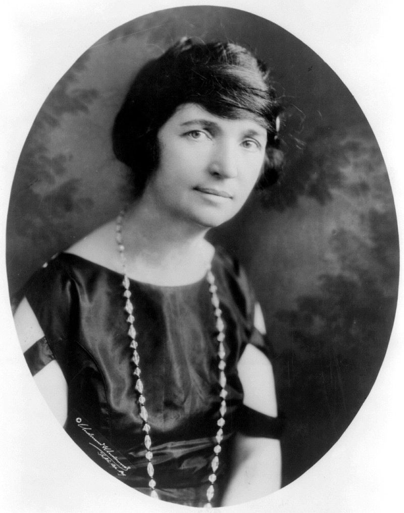 """""""MargaretSanger-Underwood.LOC"""" by Underwood & Underwood - Library of Congress Prints and Photographs division"""