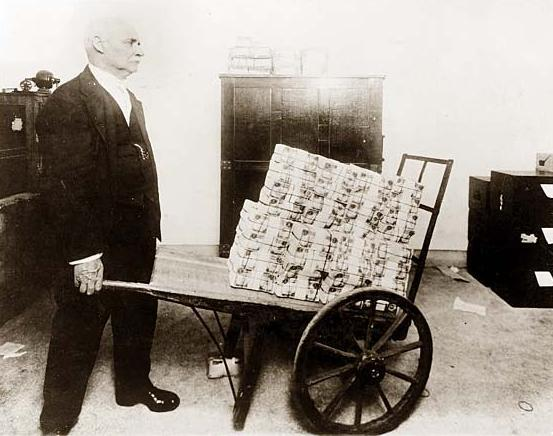 Quantitative Easing Illustrated